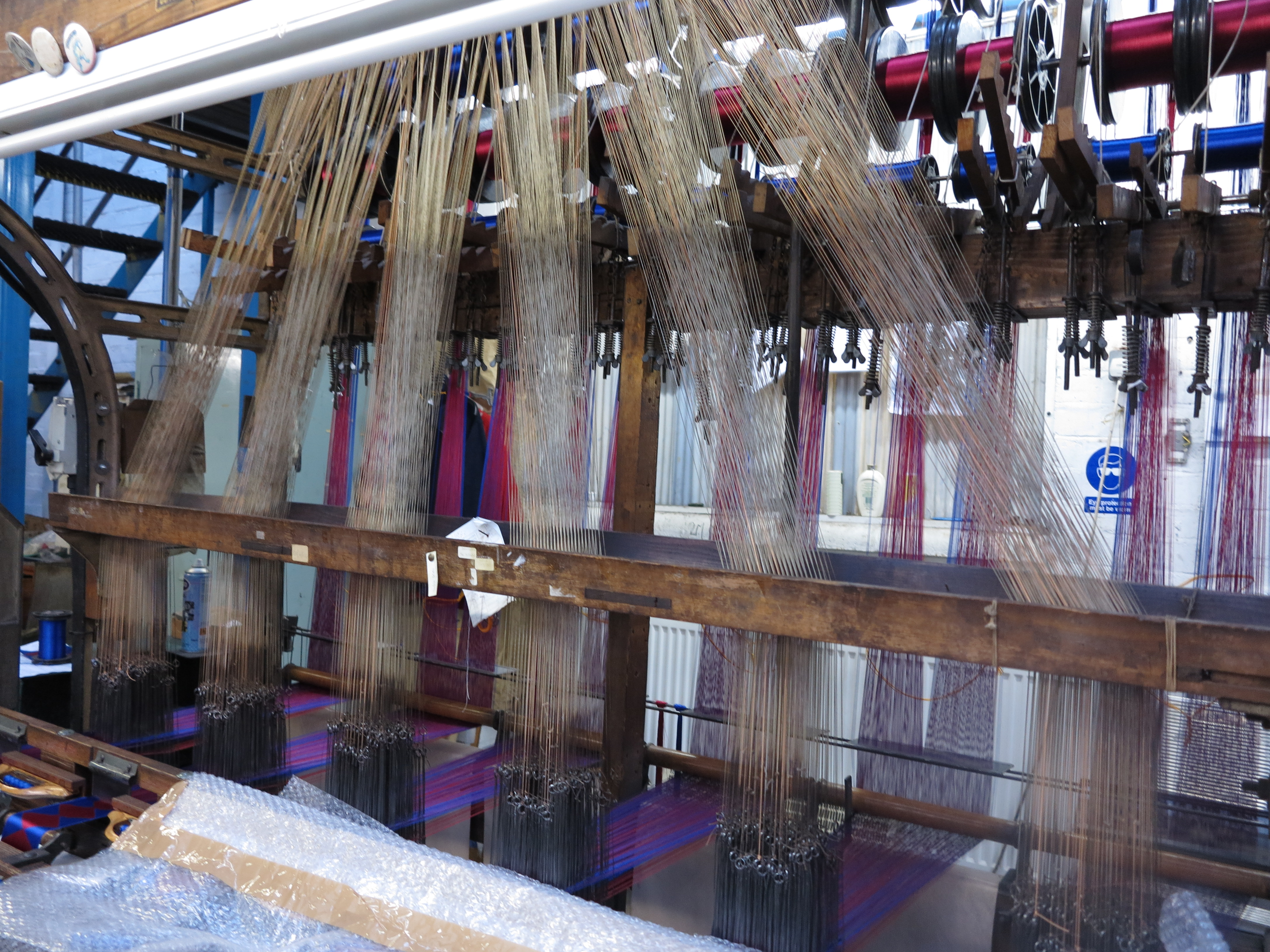 Toye Kenning Spencer – a fascinating visit | The Weavers